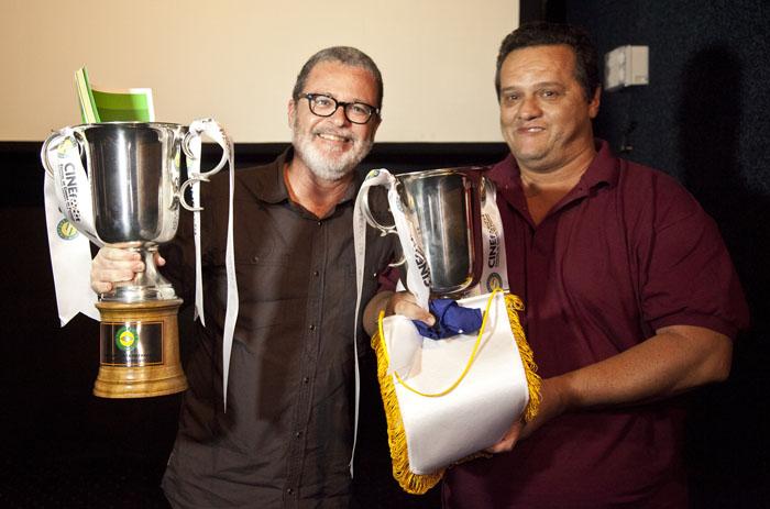 Memórias do Chumbo e Três no Tri levam a Taça CINEfoot RJ!