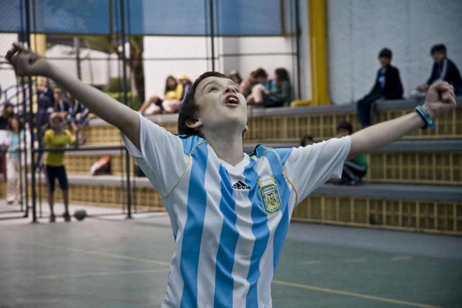 Ernesto no País do Futebol